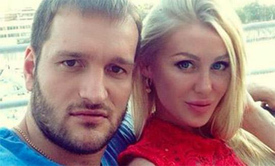Юлия Щаулина подает на развод