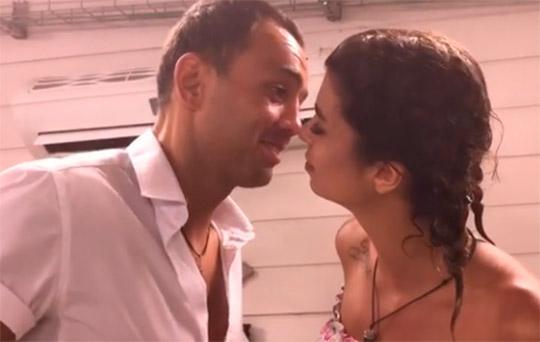 Гобозов почти поцеловал Алиану ради конкурса